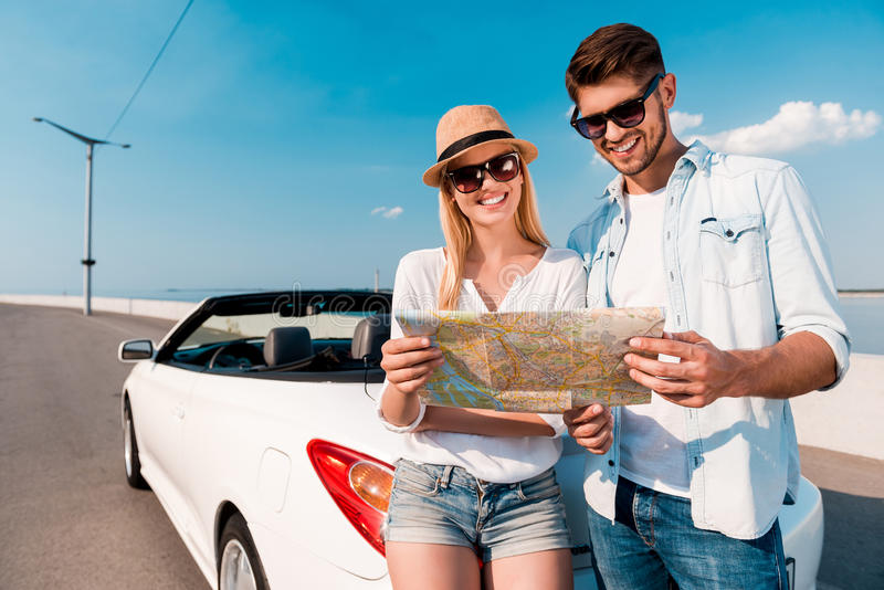 Geben Sie frei, um unsere Reiseziele zu wählen stockbilder
