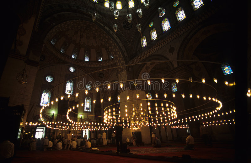 Gebet in der türkischen Kirche lizenzfreies stockbild