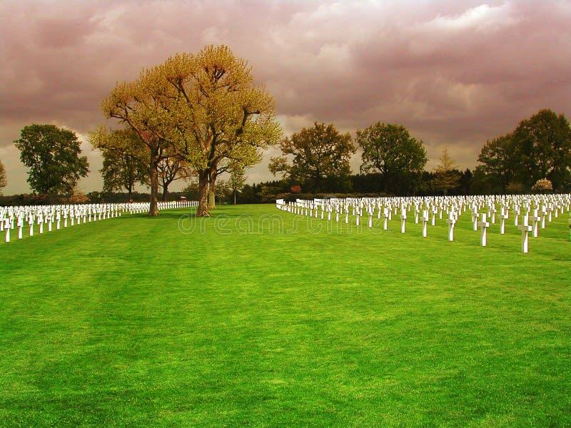 Gebied met kruisen op de Amerikaanse Begraafplaats van Nederland in Margraten royalty-vrije stock foto