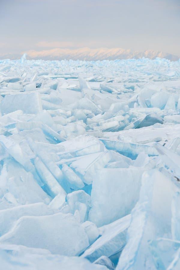 Gebied van gebarsten ijs royalty-vrije stock foto's