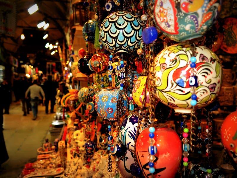 Gebiedenornamenten in de bazaar van Istanboel royalty-vrije stock afbeeldingen