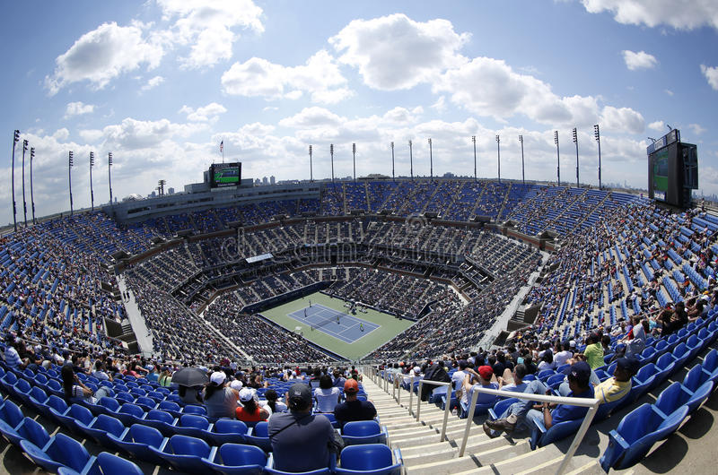 Gebiedsmening van Arthur Ashe Stadium in Billie Jean King National Tennis Center tijdens US Open 2013 stock foto's