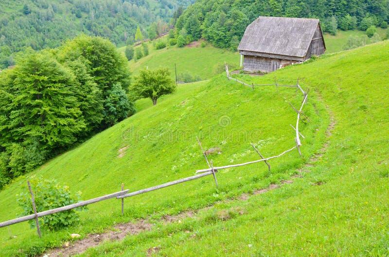Gebirgshaus stockfoto