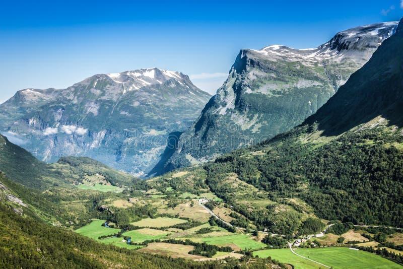 Gebirgslandschaft in Nationalpark Jotunheimen in Norwegen stockbilder