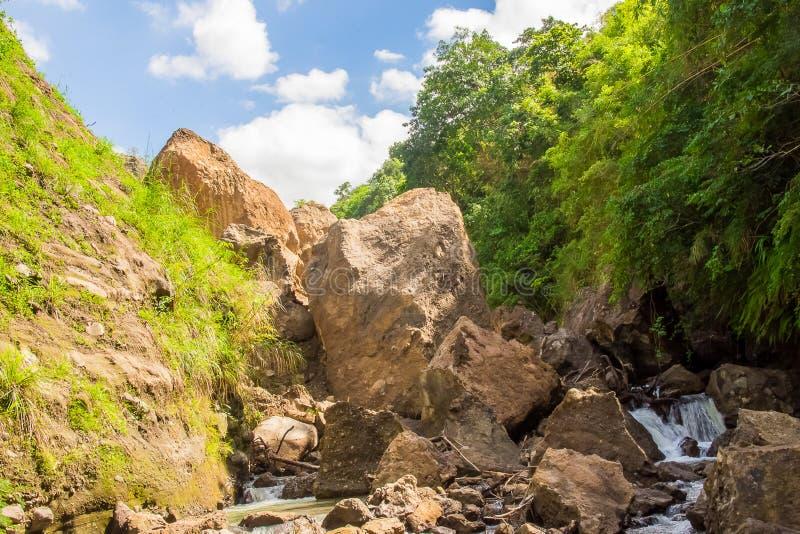 Gebirgslandschaft Supang Uwak von Patal-Fällen lizenzfreies stockbild