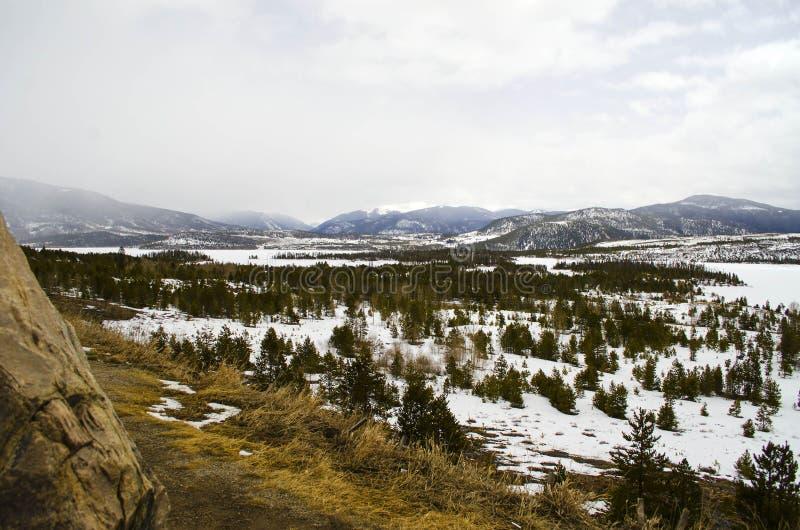 Gebirgsszene in Colorado stockfotos