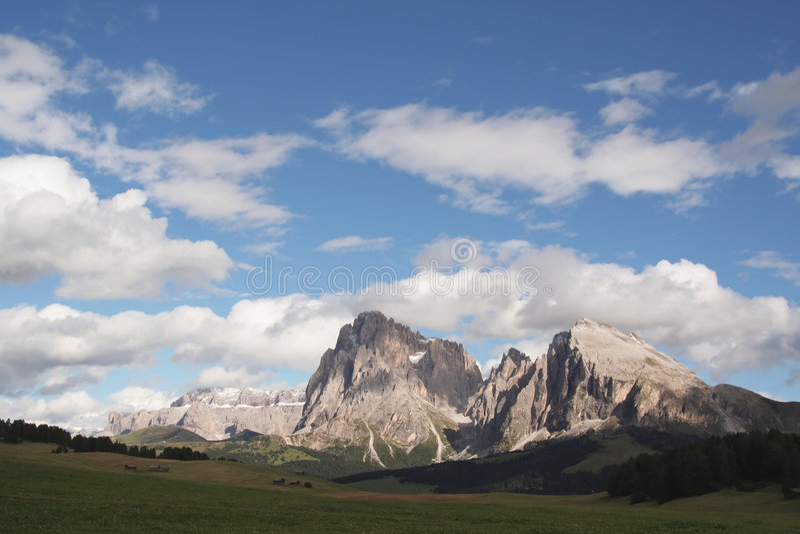 Gebirgszug in den Dolomit, Italien stockfotografie