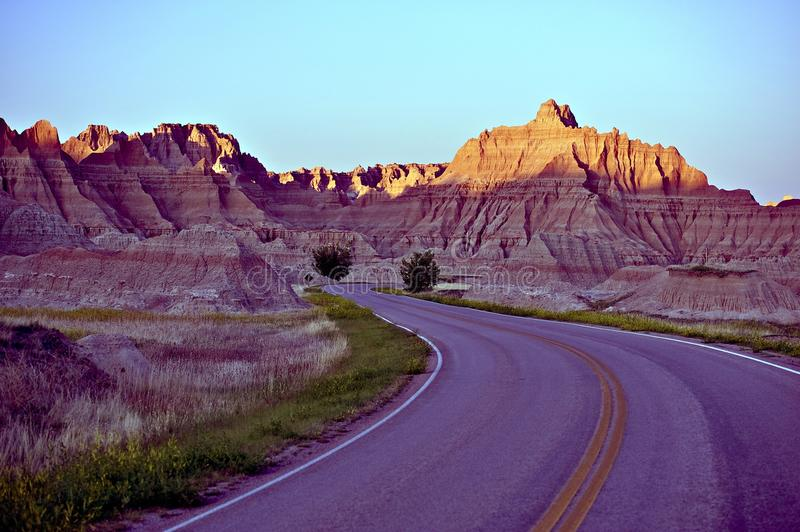 Gebogen Badlands-Road stock fotografie
