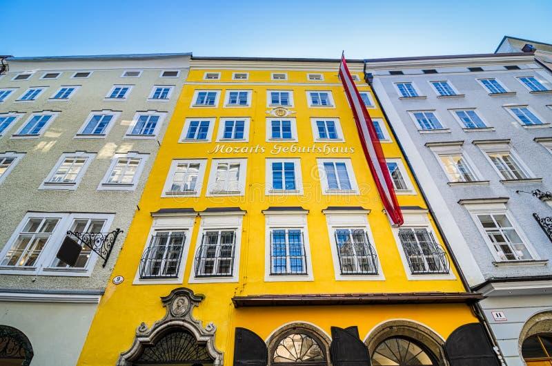 Geboorteplaats van Mozart in Salzburg, Oostenrijk stock fotografie