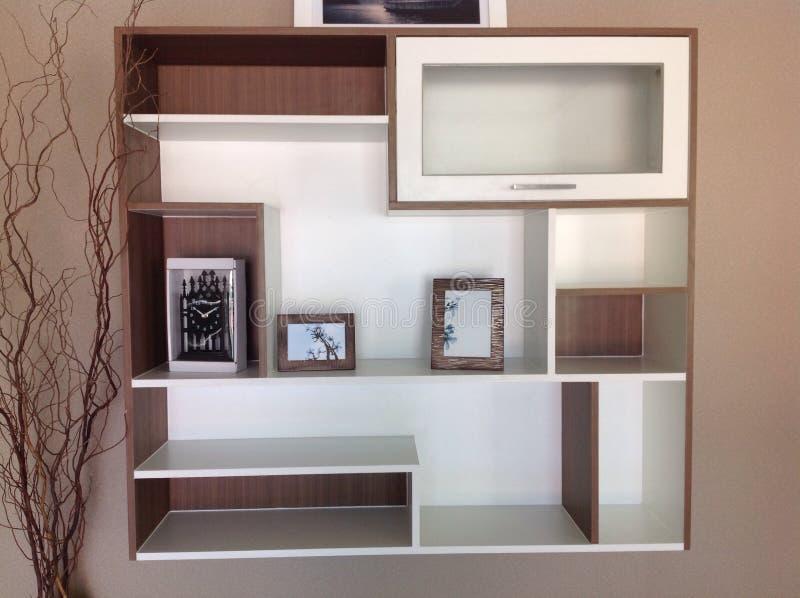 Gebouwd in meubilair in woonkamer royalty-vrije stock foto's