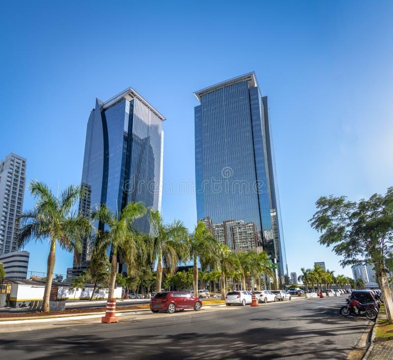 Gebouwen bij Morumbi-buurt in het financiële district van Sao Paulo - Sao Paulo, Brazilië stock afbeelding