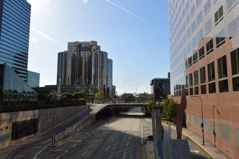 Gebouwen Los Angeles door Snelweg royalty-vrije stock foto's