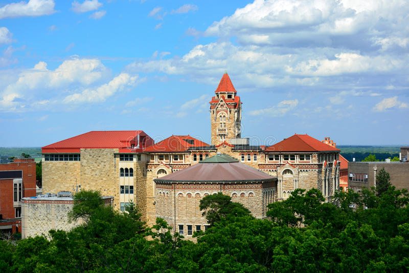 Gebouwen op de Universiteit van de Campus van Kansas in Lawrence, Kansas royalty-vrije stock fotografie