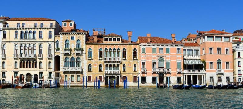 Gebouwen op Grand Canal in San Marco District van Venetië royalty-vrije stock foto