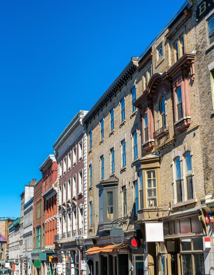 Gebouwen op Heilige Jean Street in de Stad van Quebec, Canada stock foto's