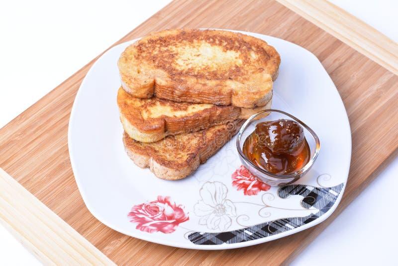 Gebraden broodplakken Bulgaars Ontbijt stock foto's