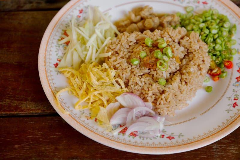 Gebraden rijst met garnalendeeg royalty-vrije stock fotografie