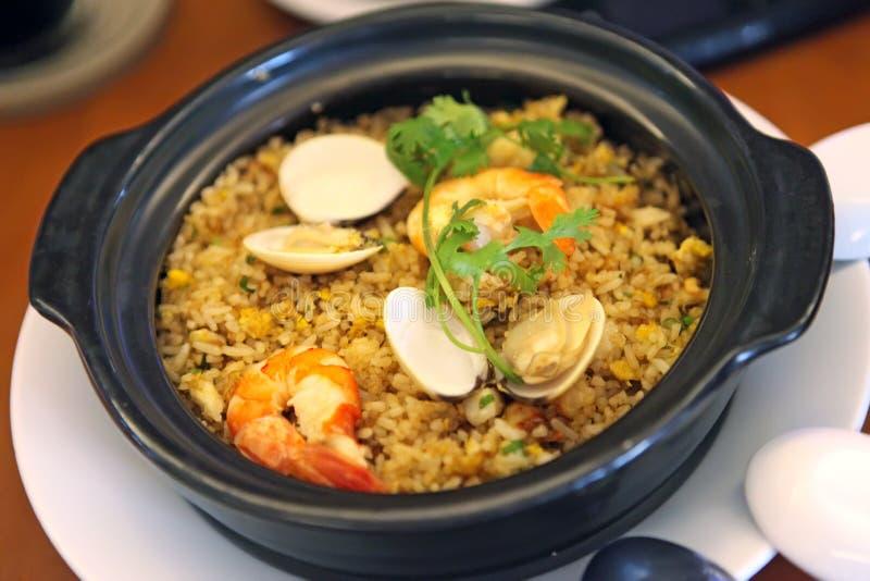 Gebraden rijst met zeevruchten royalty-vrije stock fotografie