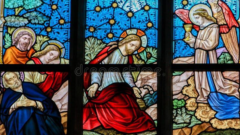 Gebrandschilderd glas - Jesus in de Tuin van Gethsemane stock foto's