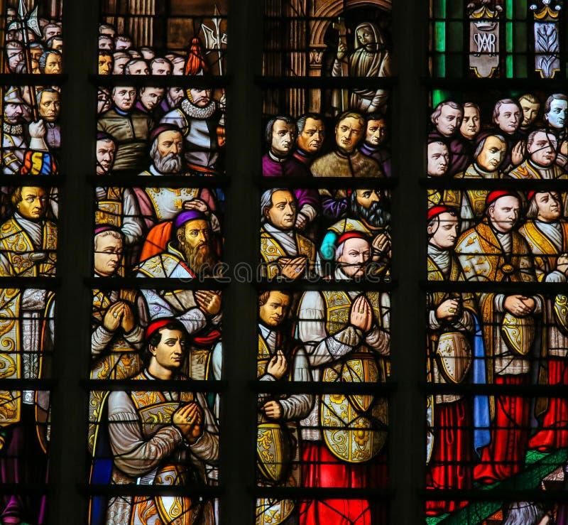 Gebrandschilderd glas in Mechelen-Kathedraal royalty-vrije stock afbeelding