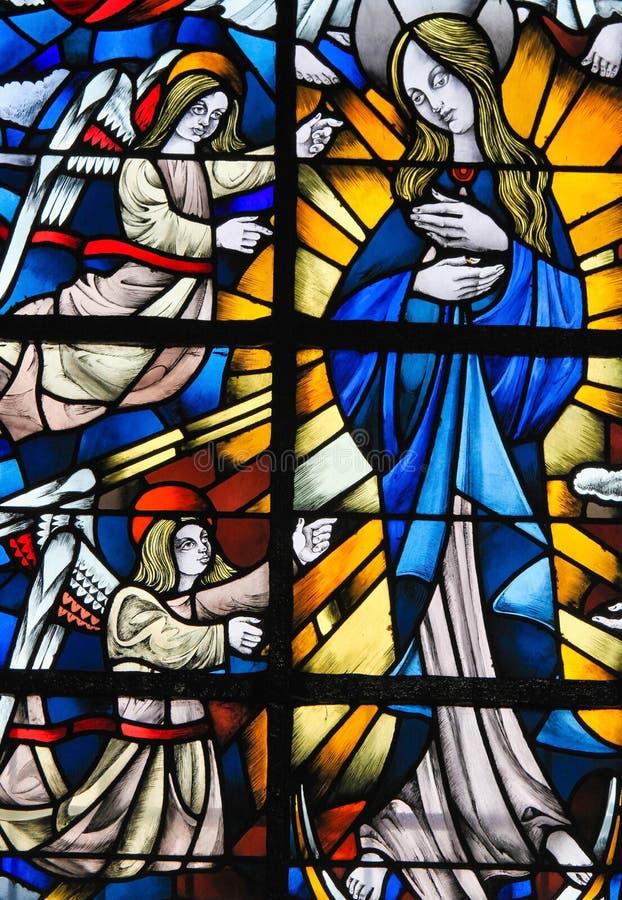 Gebrandschilderd glas - Moeder Mary royalty-vrije stock foto's
