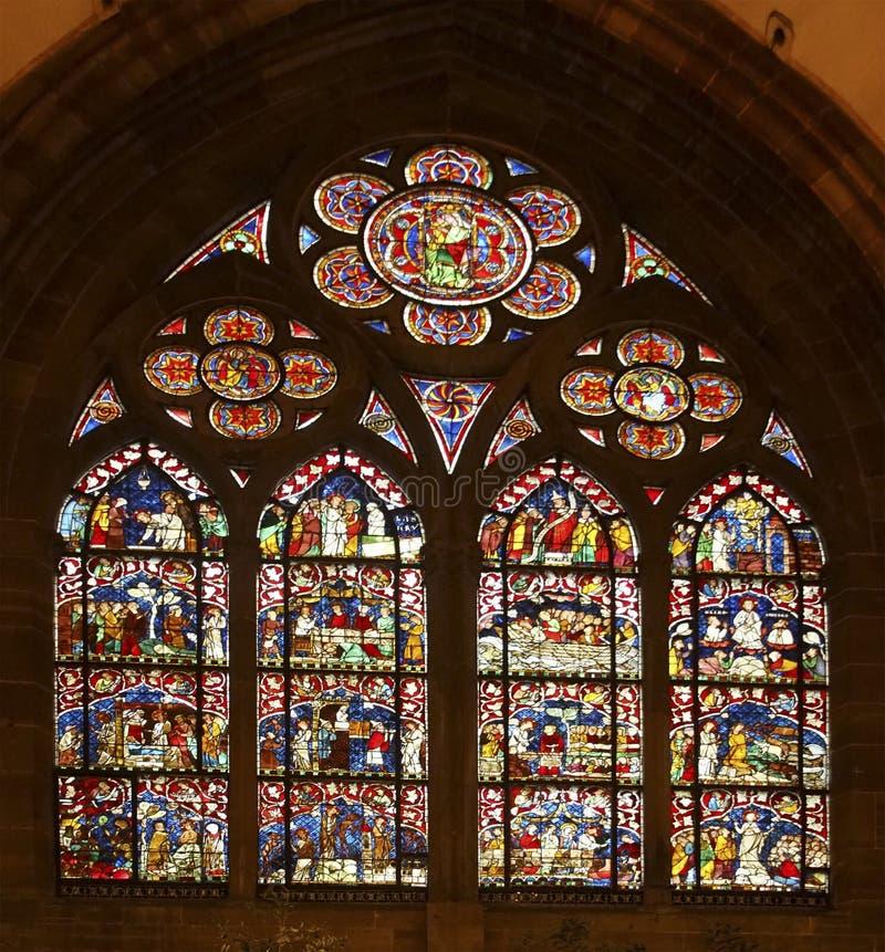 Gebrandschilderd glasvensters van de Kathedraal stock fotografie