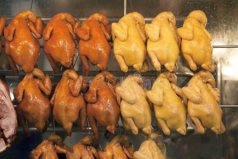 Gebratenes Huhn für Verkauf lizenzfreie stockfotografie