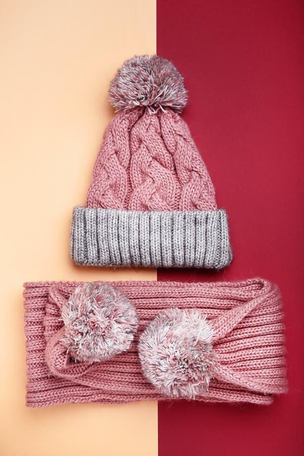 Gebreide sjaal en hoed royalty-vrije stock afbeeldingen