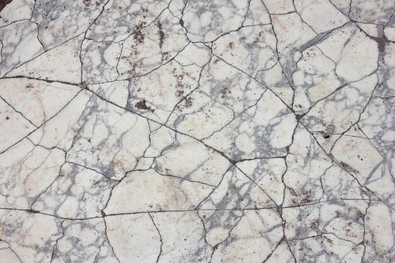 Gebrochener grauer und weißer Marmor stockfoto
