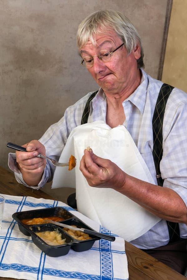 Gebrochener Zahn am Abendessen stockfoto