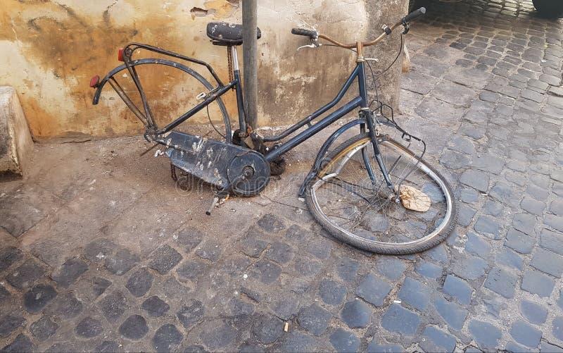 Gebroken fiets stock fotografie