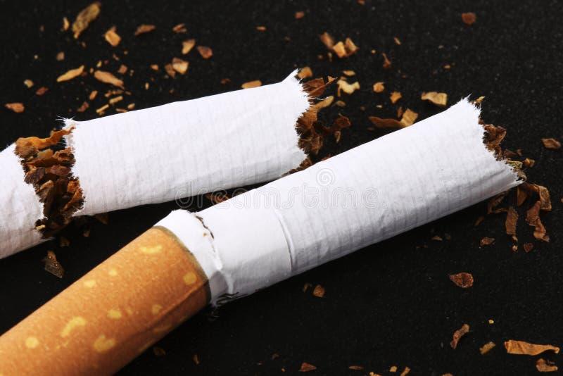 Gebroken Sigaret royalty-vrije stock foto