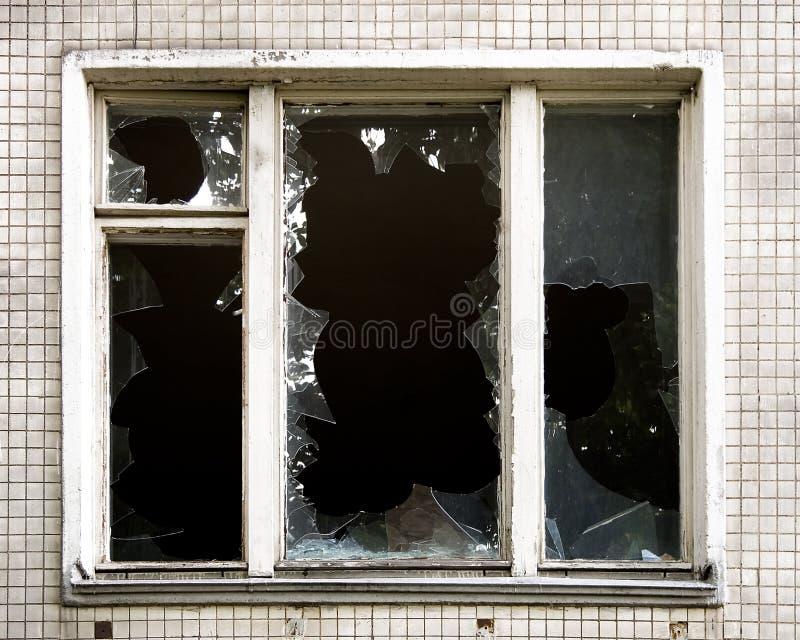 Gebroken venster stock afbeeldingen