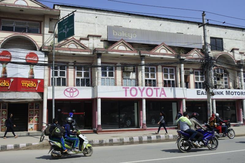 Gebruikelijke straat in Katmandu, Nepal stock afbeeldingen