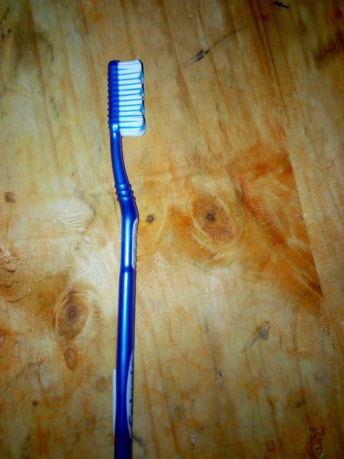 Gebruikte tandenborstel stock afbeeldingen