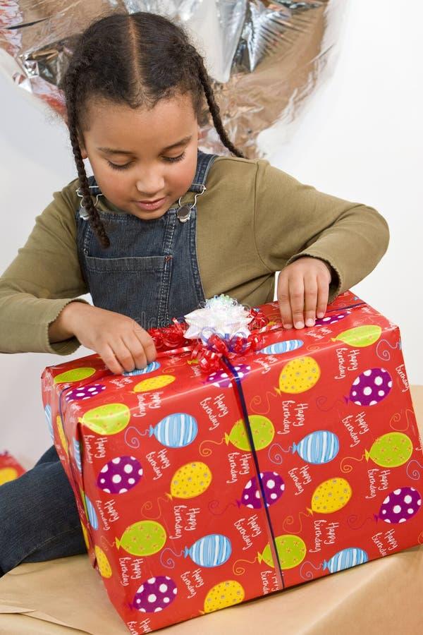 Geburtstag-Geschenk stockbild