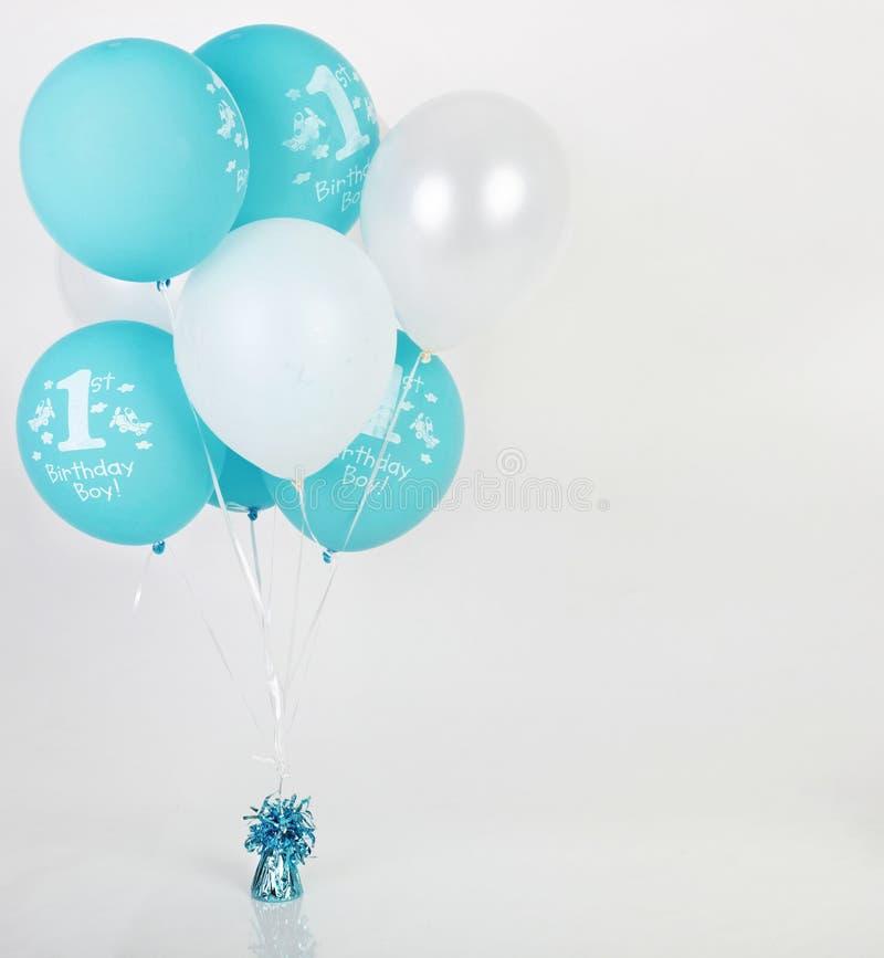 Geburtstagballone lizenzfreie stockbilder