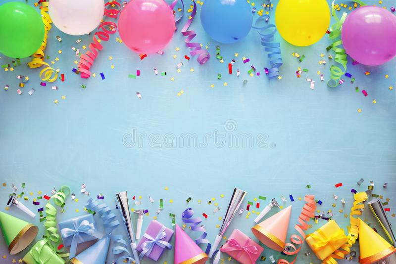 Geburtstagsfeierdekoration lizenzfreie stockbilder