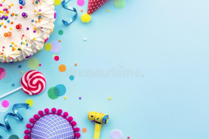 Geburtstagsfeierhintergrund lizenzfreie stockbilder