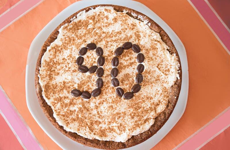 Geburtstagskuchenapfelkuchen mit Nr. 90 lizenzfreie stockbilder