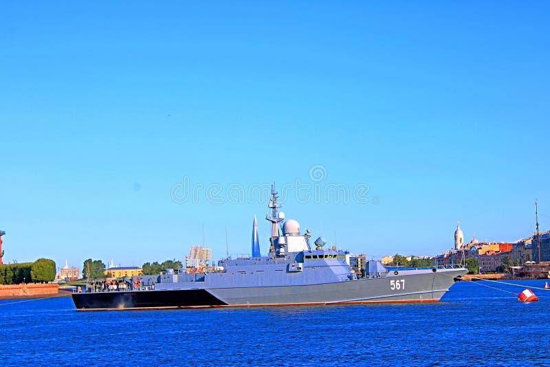Gecharterd schip op het rivierclose-up royalty-vrije stock foto's