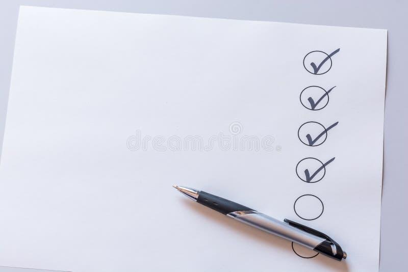 Gecontroleerde lijst met exemplaarruimte als malplaatje stock fotografie
