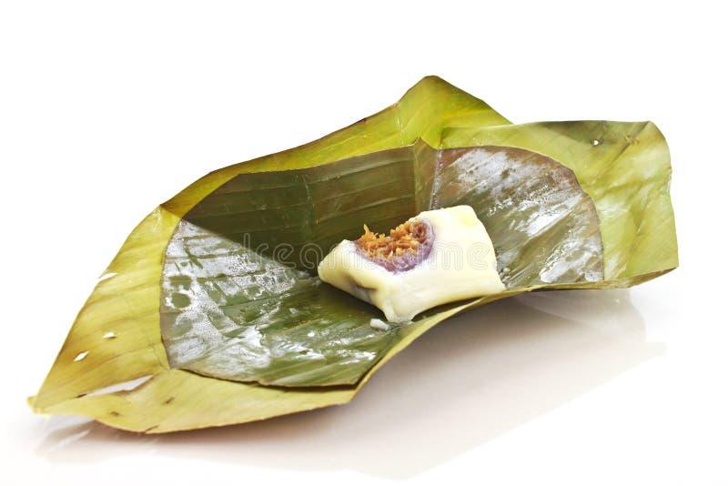 Gedämpfter Reisteig mit dem süßen Kokosnussanfüllen stockfotografie