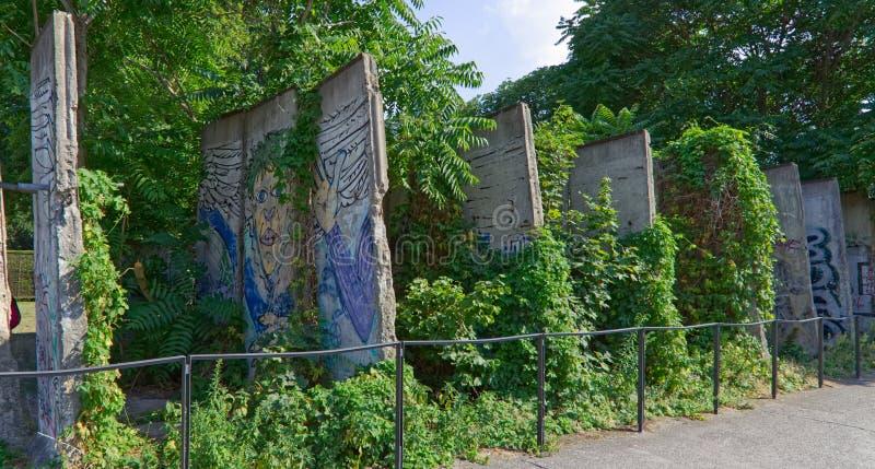 Gedeelten van Berlin Wall royalty-vrije stock afbeeldingen