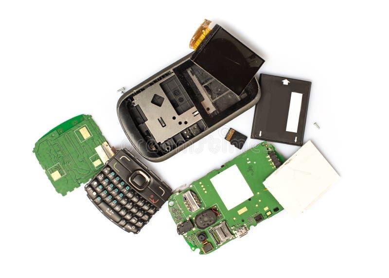 Gedemonteerde mobiele telefoondelen stock foto