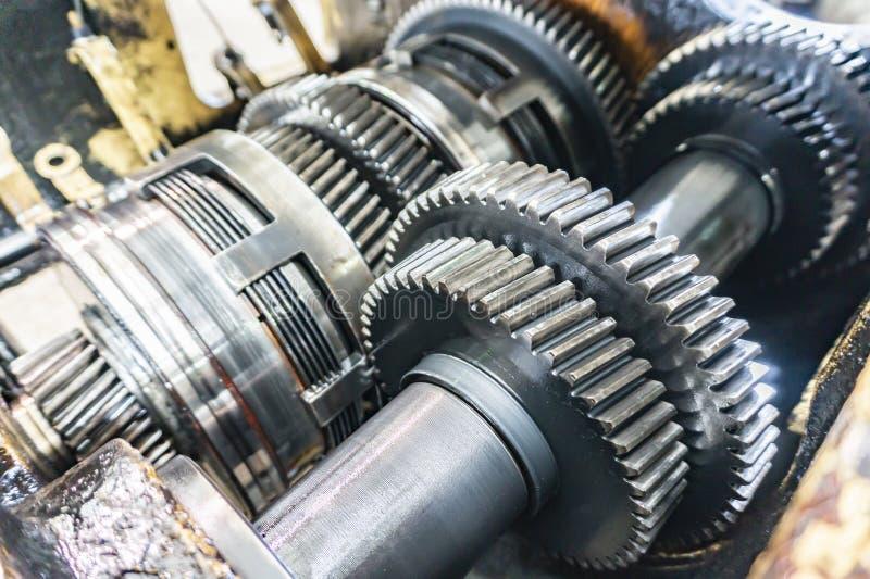 Gedemonteerde versnellingsbak voor koppelingsreparatie en toestellen Transmissie voor industriële gedemonteerde machines en eenhe royalty-vrije stock fotografie