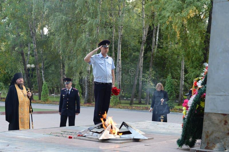 Gedenkteken aan gevallen in de Grote Patriottische oorlog in het Park van Geheugen in de stad van Novomoskovsk van het gebied van stock foto