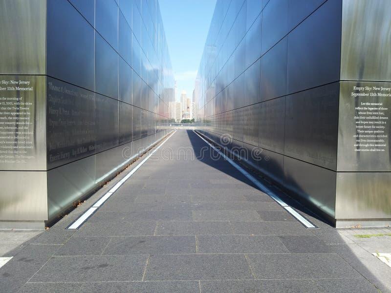 Gedenkteken van 9/11/01 aan NJ-Ingezetenen verloor die tragische dag Liberty State-park stock foto