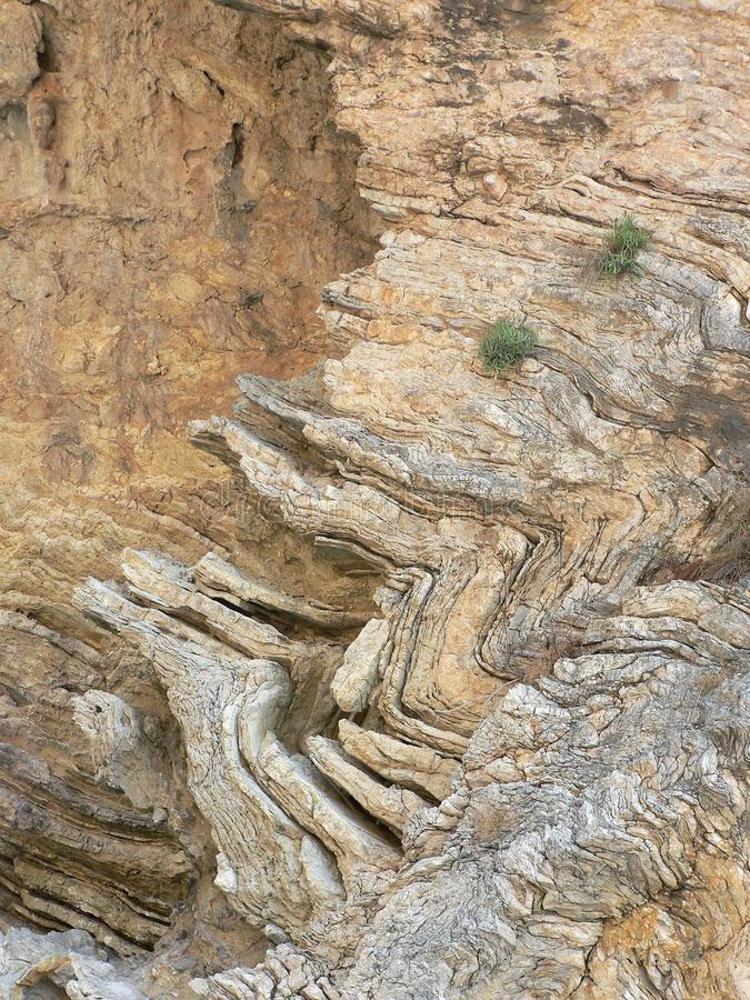 Gedetailleerde mening van rotstextuur met zichtbare lagen royalty-vrije stock fotografie