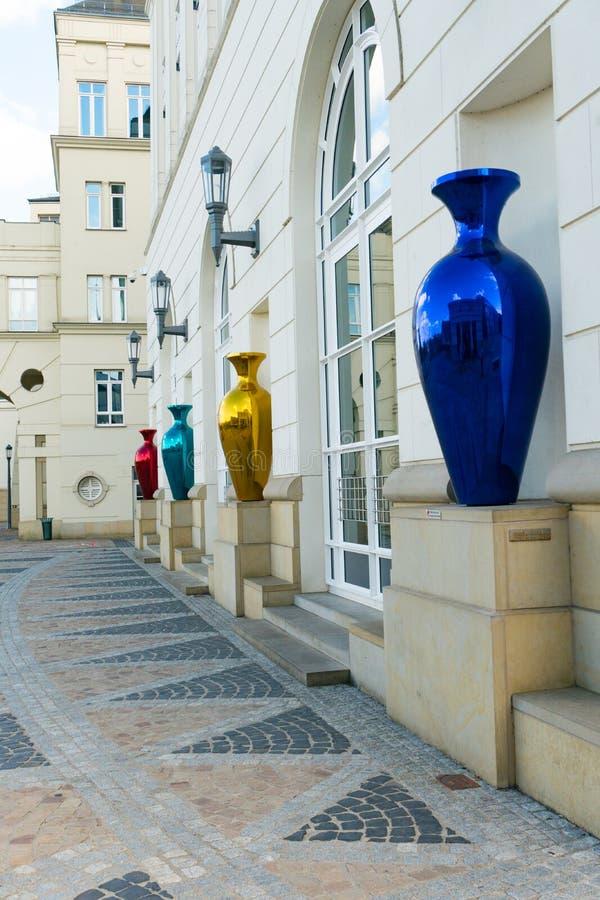 Gedetailleerde weergave van de gebouwen van het gerechtelijk centrum in de stad Luxemburg stock foto